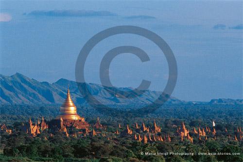 Fotografie in Myanmar (Burma) - Tempelebene Bagan | Foto Mario Weigt
