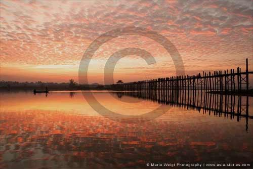 Myanmar (Burma)   U-Bein-Brücke am Morgen   Mario Weigt Photography   www.asia-stories.com