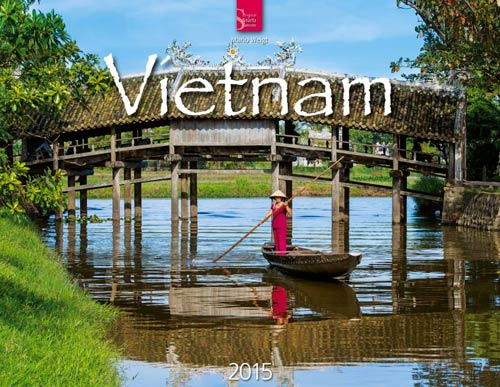 Kalender Vietnam 2015   Titelbild - Thanh-Toan-Brücke im Dorf Cau Ngoi bei Hue   Foto Mario Weigt   Kalenderverlag Stürtz