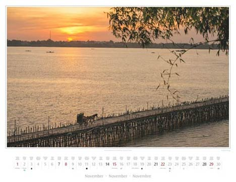 Kalender Kambodscha 2015, November: Bambusbrücke in Kampong Cham | Foto Mario Weigt | Kalenderverlag Stürtz