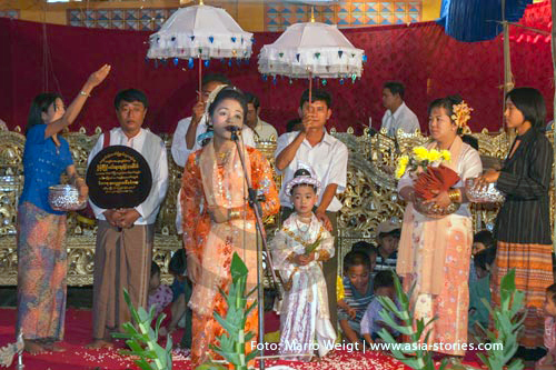 Festivals und Feiertage in Myanmar (Burma, Birma) | Novizenweihe in Mandalay | Foto: Mario Weigt