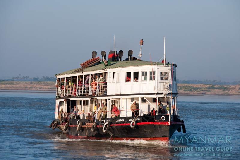 Myanmar Reisetipps | Bagan | IWT-Fähre auf dem Ayeyarwady