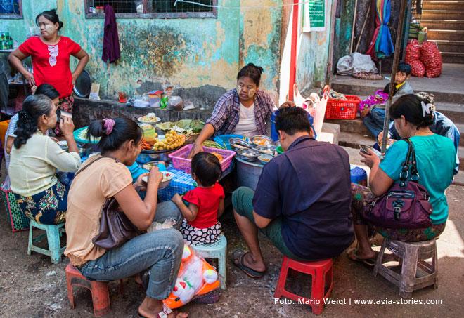 ssen in Myanmar | Nationalgericht Mohinga | Frühstück in Hpa-an