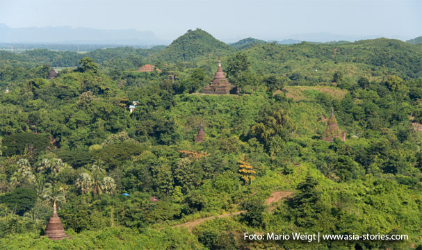 Aussicht von der Shwetaung Paya auf Mrauk U