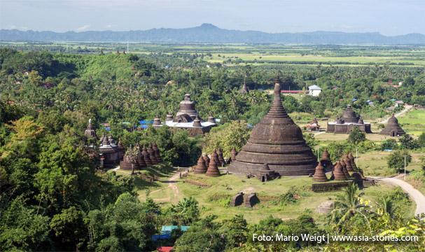 Aussicht auf Mrauk U mit den Tempeln vom Discovery Point