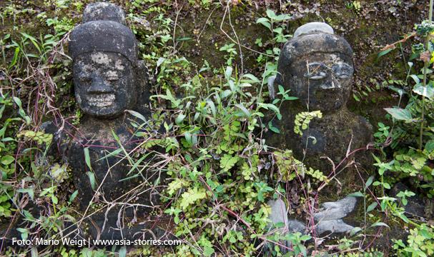 Mrauk U: Buddha-Statuen im Kothaung-Tempel