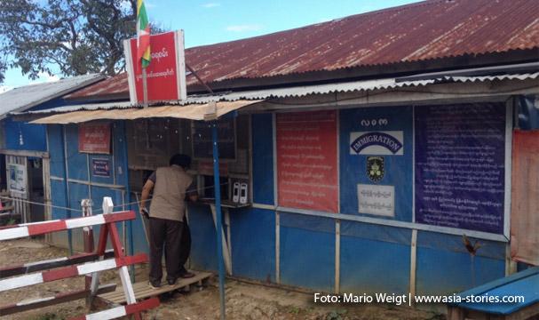 Immigration Checkpoint: Auf der Strecke zwischen Magwe und Mrauk U