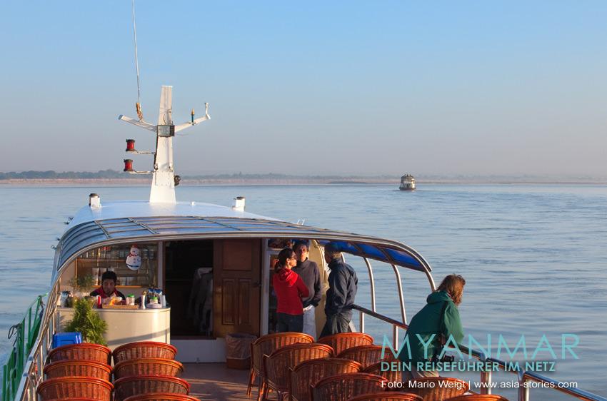 Myanmar Reisetipps | Bootsfahrt zwischen Bagan und Mandalay auf dem Ayeyarwady mit der Malikha