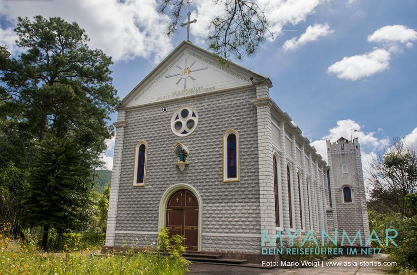 Myanmar Reisetipps - Katholische Kirche in Kalaw
