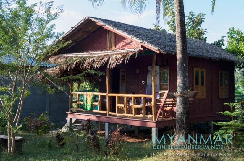 Myanmar Reisetipps - Dawei Peninsula | Maungmagan Beach | Bungalow im Coconut Guesthouse
