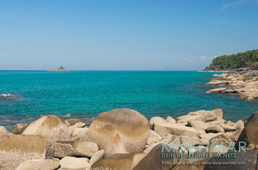 Myanmar Reisetipps - Dawei Peninsula | Blick von der goldenen Pagode am Pa Nyit Beach