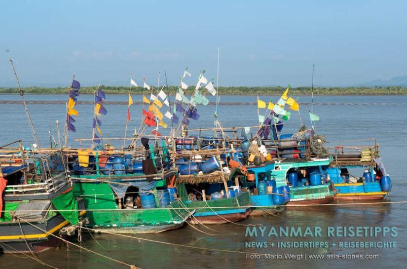 Myanmar Reisetipps | Stadt Ye und die Umgebung | Fischerboote am Strand