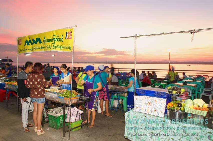 Myanmar Reisetipps | Vegetarischen Essen | Nachtmarkt in Mawlamyaing