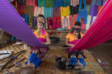 Myanmar Reisetipps | Inle-See und Indein | Einige Padaung-Frauen (Burmesisch: Kayan) leben und arbeiten als Weberinnen in den schwimmenden Dörfern auf dem Inle-See.