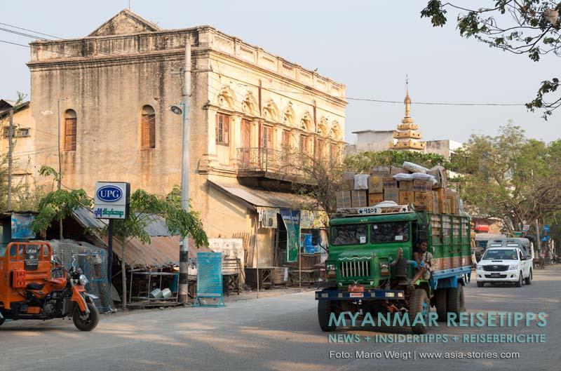 Myanmar Reisetipps | Monywa | Verkehr auf der Strand Road