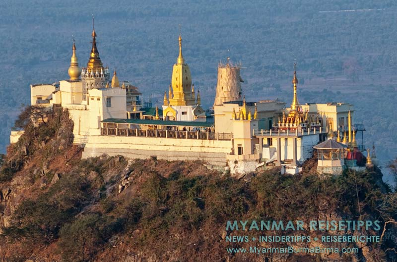 Myanmar Reisetipps | Mount Popa | Blick vom Popa Mountain Resort auf den Mount Popa Taung Kalat