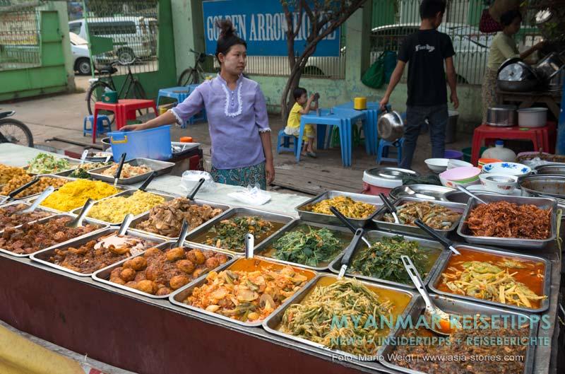 Myanmar Reisetipps | Monywa | Essensmarkt am Uhrturm