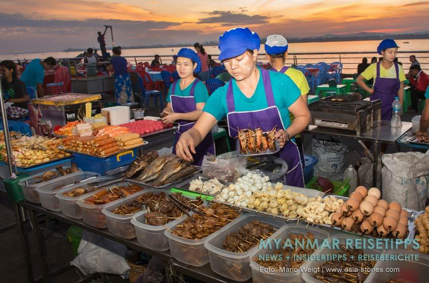 Myanmar Reisetipps | Mawlamyaing (Mawlamyine) | Lecker essen auf dem Nachtmarkt