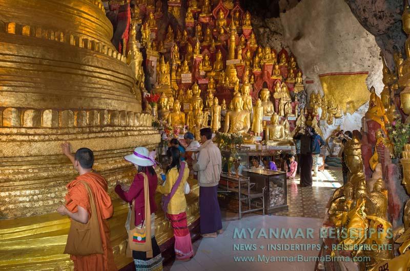 Myanmar Reisetipps   Pindaya und die Höhlen   Auch hier wird, wie überall in Myanmar, Blattgold gespendet.
