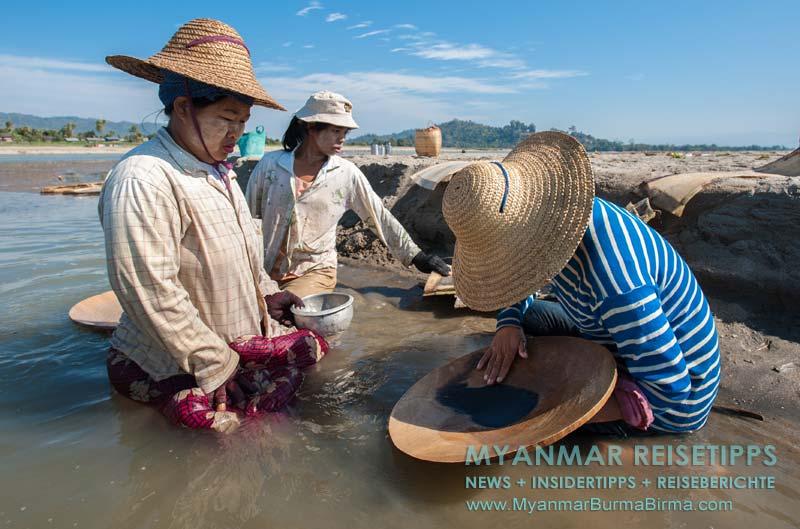 Myanmar Reisetipps | Bhamo | Goldwäscherinnen im Ayeyarwady