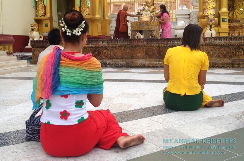 Myanmar Reisetipps   Die Tempel und Klöster immer knie- und schulterbedeckt betreten