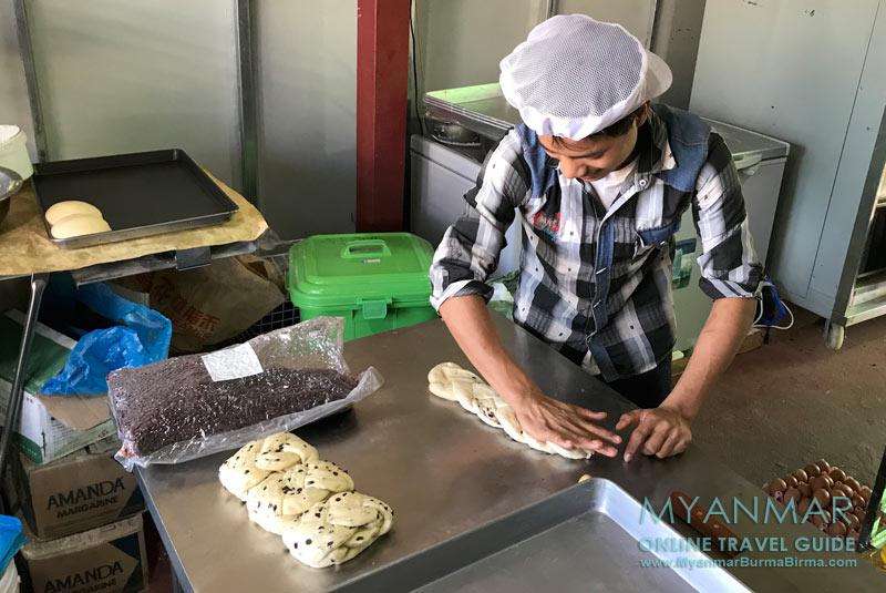 Myanmar Reisetipps   Loikaw   Mom Bakery