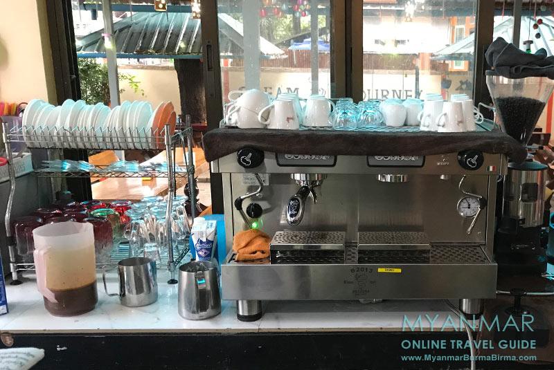 Myanmar Reisetipps | Dawei | Im Dream Journey bekommt ihr richtigen Kaffee.