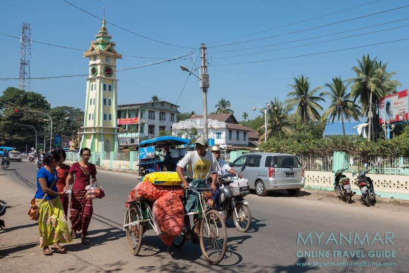 Myanmar Reisetipps | Bago | Uhrturm in der Stadtmitte