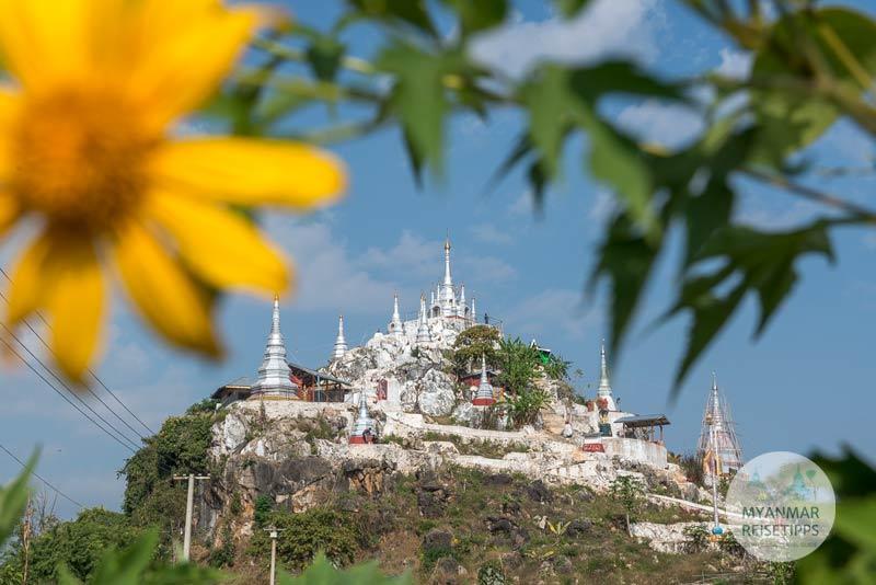 Myanmar Reisetipps | Loikaw | Zwischenstopp an der White Pagoda Taw Kyat Taung