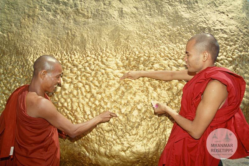 Myanmar Reisetipps | Festival | Kyaikhtiyo-Pagoden-Fest
