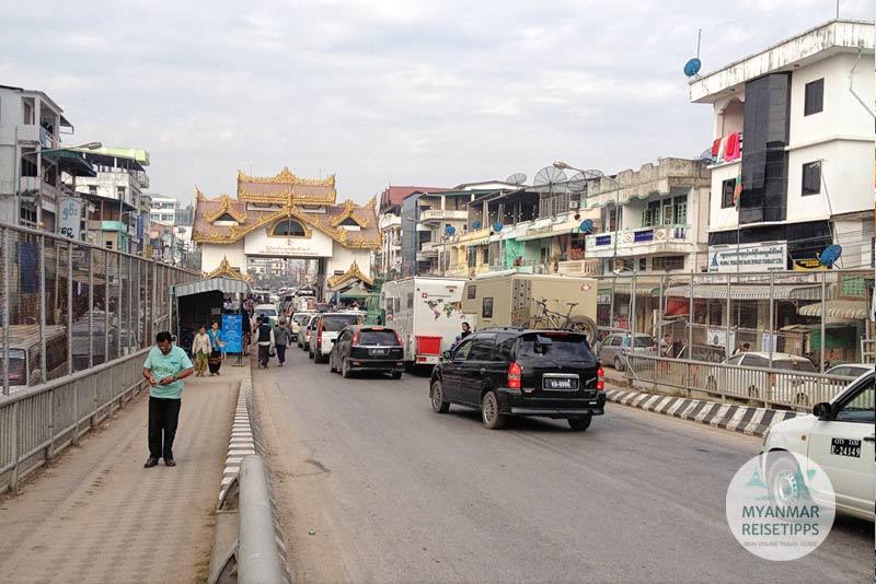 Myanmar Reisetipps | Einreise auf dem Landweg | Grenzübergang Myawaddy