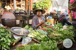 Myanmar Reisetipps | Hpa-an | Mark am Morgen