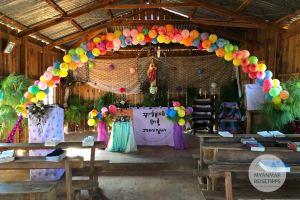 Myanmar Reisetipps | Loikaw | Weihnachtsschmuck in der Kirche