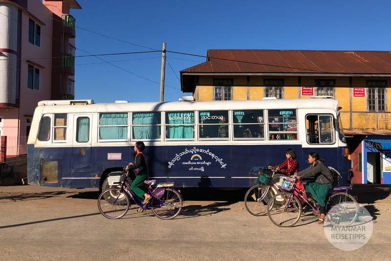 Myanmar Reisetipps | Pindaya | An- und Abreise mit dem Bus
