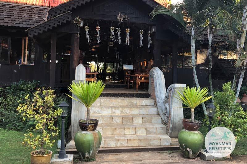Myanmar Reisetipps | Pindaya | Aung Umbrella Shop