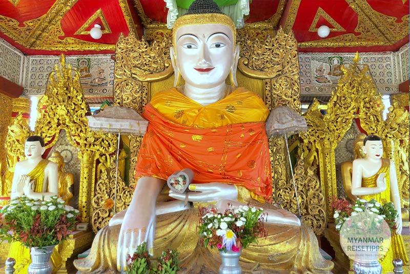 Myanmar Reisetipps | Pyay | Perlmuttfarbener Buddha in der Pagode Shwe Nat Taung