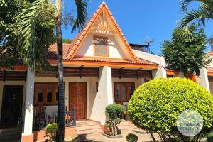 Myanmar Reisetipps | Pyay | Doppelbungalow vom Lucky Dragon Hotel
