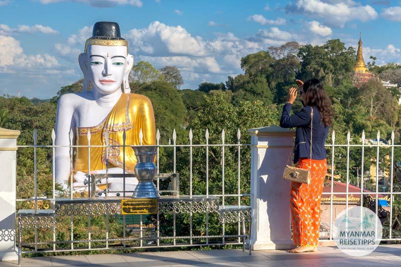 Myanmar Reisetipps | Pyay | Mit dem Sehtatgyi-Buddha auf Augenhöhe in der Shwesandaw-Pagode