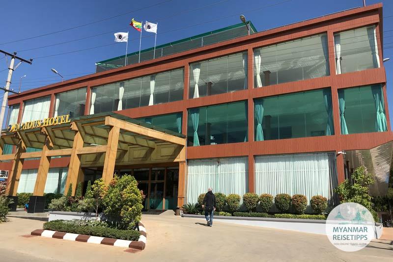 Myanmar Reisetipps | Loikaw | Famous Hotel