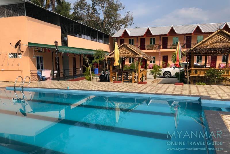 Myanmar Reisetipps | Dawei Peninsula | PeTi Guesthouse mit Swimmingpool