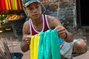 Myanmar Reisetipps | Insel Bilu Kyun | Herstellung von Gummibändern