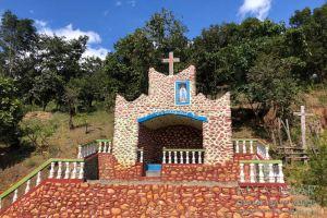 Myanmar Reisetipps | Mindat | Marienschrein im Chin-Dorf Pan Awet