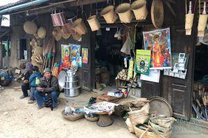 Myanmar Reisetipps | Mindat | Geschäft an der Hauptstraße