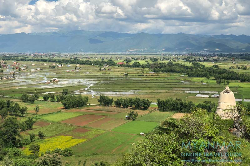 Myanmar Reisetipps | Inle-See | Blick vom Aussichtspunkt (Nr. 7) in Indein