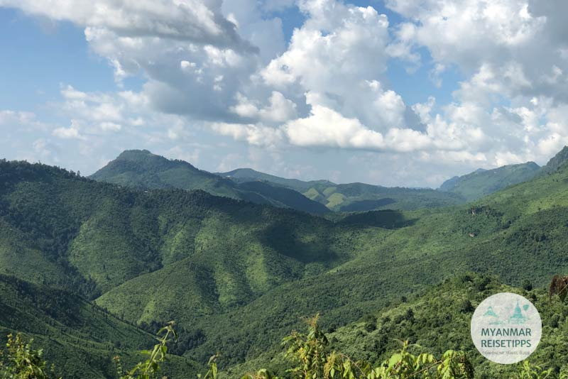 Myanmar Reisetipps | Loikaw | Landschaft auf dem Weg ins Bergdorf Ran Khu