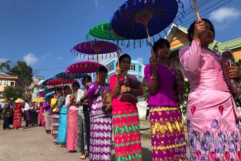 Myanmar Reisetipps | Kalaw | Prozession zum Vollmondfest
