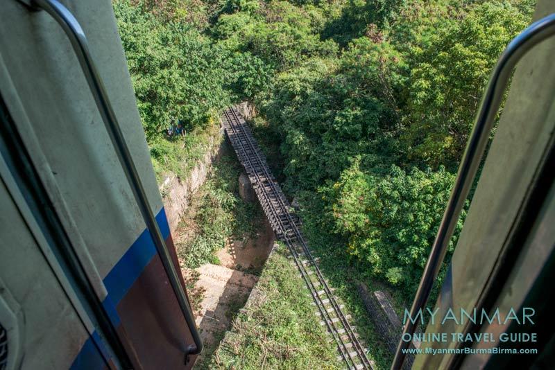 Brücke auf der Zugstrecke zwischen Shwe Nyaungund Kalaw in Myanmar