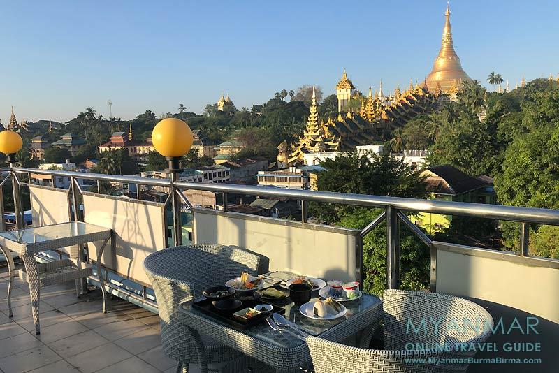 Myanmar Reisetipps | Yangon | Frühstück im Azumaya Hotel