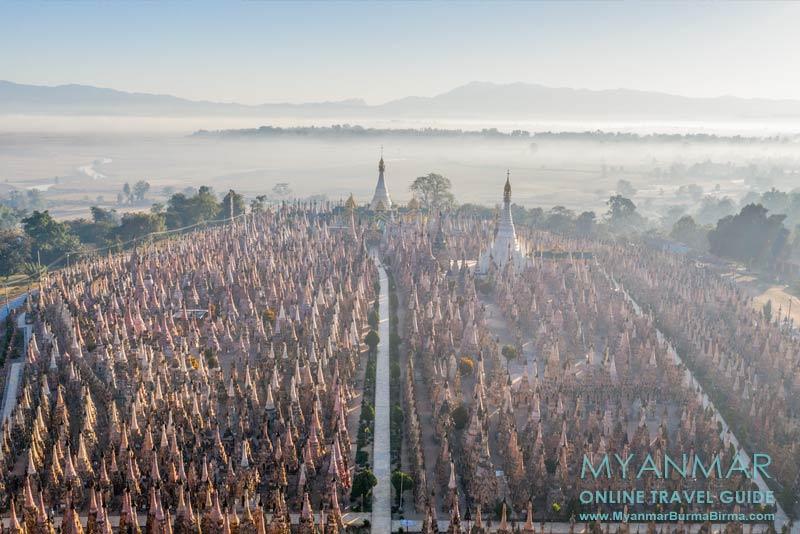 Pagodenfeld von Kakku aus der Vogelperspektive