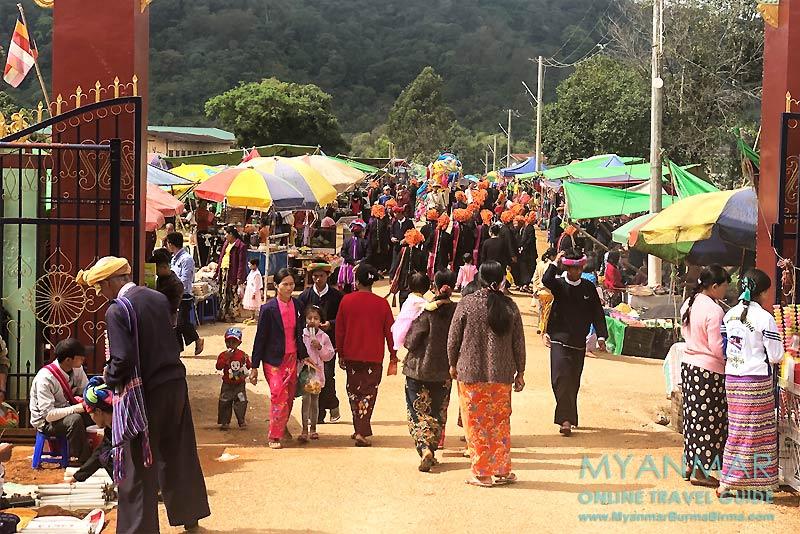Myanmar Reisetipps | Pinlaung | Pa-O-Fest im Kloster Yin Mee Kyaung Tike im Dorf Yin Mee